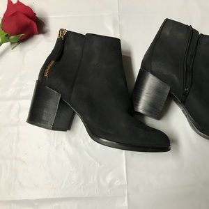 🧚🏻‍♀️ALDO ✨Like New Ankle boots 🧚🏻‍♀️